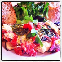 Photo taken at Le Pain Quotidien by hoda007 on 8/5/2012