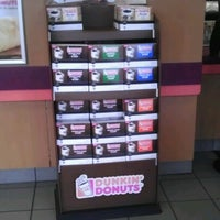 Photo taken at Dunkin' Donuts by Diana Q. on 6/19/2012
