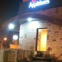 Photo taken at Applebee's by Mauro R. E. on 2/29/2012