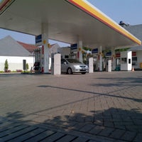 Foto tomada en SPBU Shell por FARI H. el 9/7/2012