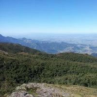 Foto diambil di Pico do Itapeva oleh Raffael M. pada 8/12/2012