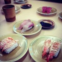 Photo taken at いけす回転すし 金たろう 国府店 by mamxxx on 3/24/2012