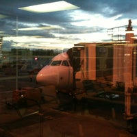 Photo taken at Gate 9 - Aeropuerto El Dorado by Erivan G. on 5/29/2012