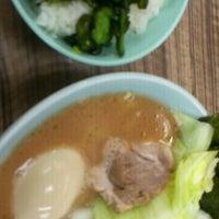 Photo taken at 武蔵家 中野本店 by Harada K. on 7/12/2012