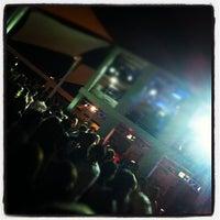 Foto tomada en La Daurada Beach Club por Alex T. el 6/3/2012