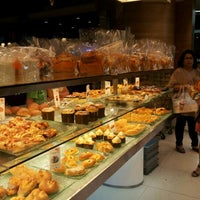 Photo taken at BreadTalk by dany h. on 4/21/2012