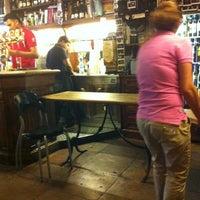 Foto scattata a Vineria Reggio da BehBuonaGiornata M. il 6/23/2012