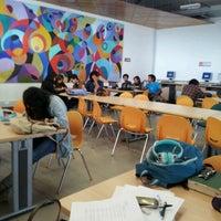 Foto tomada en Biblioteca Central UCN por Carlita C. el 5/2/2012