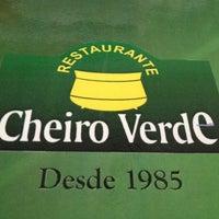 Foto tirada no(a) Restaurante Cheiro Verde por Luiz L. em 5/21/2012
