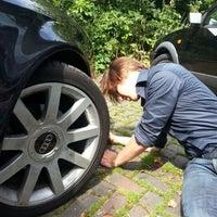 Photo taken at Voormalig Bouwbedrijf Van der Heijden Loods by Jelle J. on 8/6/2012