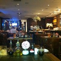 Foto tirada no(a) Restaurante Amadeus por Jose Eduardo V. em 3/6/2012