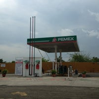 Photo taken at Gasolinera Libramiento by Rosario C. on 7/14/2012