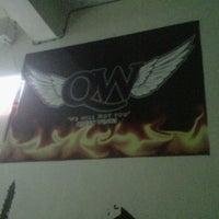 Photo taken at Queen Wings by Daniel Z. on 3/10/2012