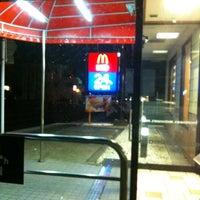 Photo taken at McDonald's by Tomoko on 4/3/2012