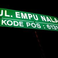 Photo taken at Jalan Empunala - Mojokerto by Yudha D. on 9/10/2012