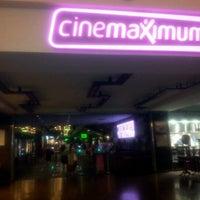 Снимок сделан в Cinemaximum пользователем baturay G. 6/30/2012
