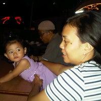 Photo taken at Istana laut restaurant by Dedio A. on 5/20/2012