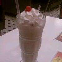 Photo taken at Steak 'n Shake by Heather E. on 6/15/2012