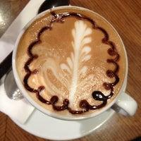 2/27/2012 tarihinde Emrah G.ziyaretçi tarafından Kahve Dünyası'de çekilen fotoğraf
