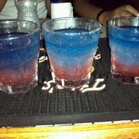 รูปภาพถ่ายที่ Lucky's Pub โดย J . เมื่อ 7/3/2012