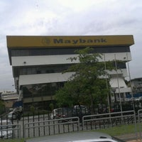 Photo taken at Maybank, Recovery AQM by Mohammad Azlan H. on 3/14/2012