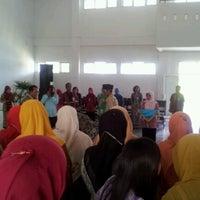 Photo taken at SMAKPA - sekolah menengah analis kimia padang by Firdaus J. on 7/10/2012
