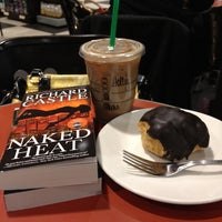 Photo taken at Barnes & Noble by Holly T. on 2/14/2012