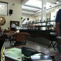 Foto tirada no(a) Restaurante Frangão por Dias A. em 2/18/2012