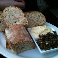 3/27/2012 tarihinde Marleen V.ziyaretçi tarafından Herengracht Restaurant & Bar'de çekilen fotoğraf