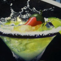 Photo taken at Chili's by Mariel Z. on 6/22/2012