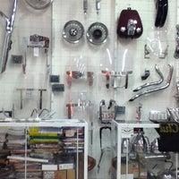 Foto tirada no(a) Shopping Moto & Aventura por Vinicius Gaspar em 6/18/2012