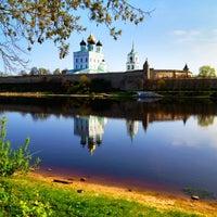 Снимок сделан в Псковский Кром (Кремль) / Pskov Krom (Kremlin) пользователем Mikhail V. 5/6/2012