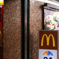 Photo taken at McDonald's by Endo Y. on 6/9/2012