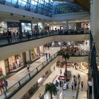 Foto tomada en Mall Florida Center por Juan Antonio G. el 3/13/2012
