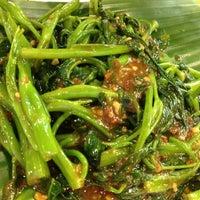 Photo taken at Chomp Chomp Food Centre by Karen C. on 5/27/2012