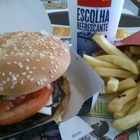 Foto tirada no(a) McDonald's por Leandro P. em 8/29/2012
