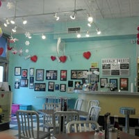 Photo taken at The Pop Shop, Cafe and Creamery by Kristel A. on 2/16/2012