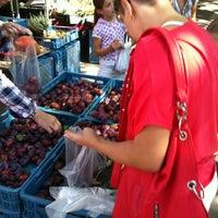 Das Foto wurde bei Rheinischer Bauernmarkt Pempelfort von Marco E. am 9/8/2012 aufgenommen