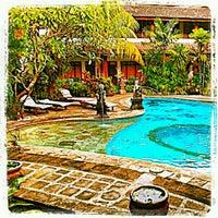 Photo taken at Hotel pendawa by Ay'Avat Mangala P. on 4/20/2012