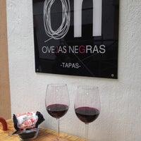 Foto tomada en Ovejas Negras por Antonio B. el 3/31/2012