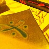 Foto tirada no(a) Restaurante Sushi Tokai por Márcio L. em 4/14/2012