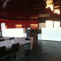 Photo taken at Singularis Restaurante by Cesar D. on 8/20/2012