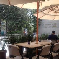 Foto tomada en Azul Y Oro por Monica D. el 8/28/2012