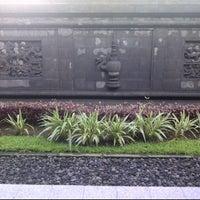 Photo taken at Studio Sejarah Restorasi Candi Borobudur by wikanto h. on 4/16/2012