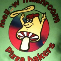 Photo taken at Mellow Mushroom by Shane B. on 3/2/2012