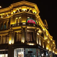 Foto tirada no(a) Galerías Pacífico por Luiz J. em 2/26/2012
