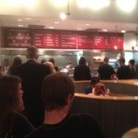 5/1/2012 tarihinde Jacob S.ziyaretçi tarafından Chipotle Mexican Grill'de çekilen fotoğraf