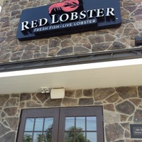 Photo taken at Red Lobster by Diane C. on 8/24/2012