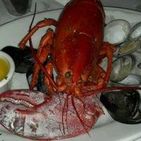 Das Foto wurde bei Lefty's Lobster and Chowder House von Georgia C. am 8/24/2012 aufgenommen