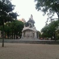 Foto tomada en Plaça de Tetuan por Felipe B. el 8/2/2012